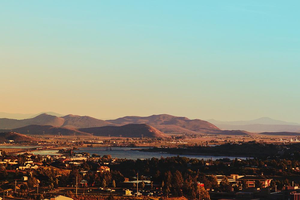 Oregon high desert skyline
